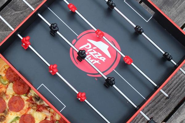 Foosball Pizza Box - Pizza Hut | Ogilvy